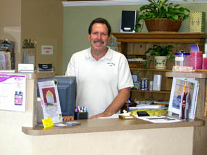 Chiropractor West Hills, Santa Monica CA office